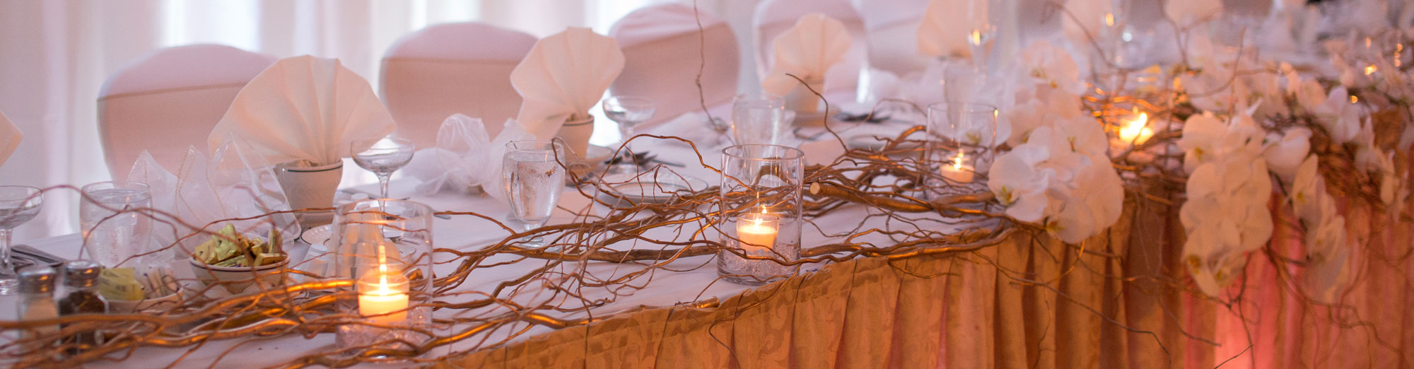 Elegant white and glass table settings